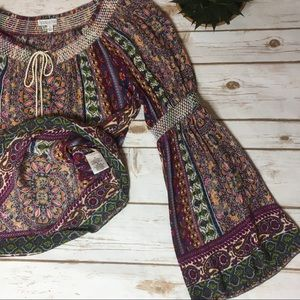 Patrons of Peace Tops - Patrons of Peace off shoulder/boho bell sleeves- M